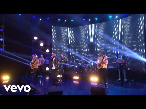download lagu Maroon 5 - Wait (Live On The Ellen DeGeneres Show/2018) gratis