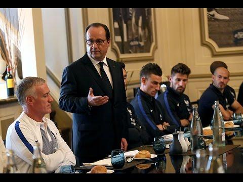 La visite du Président François Hollande aux Bleus