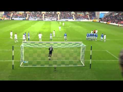 Gylfi Sigurdsson free kick vs Wigan