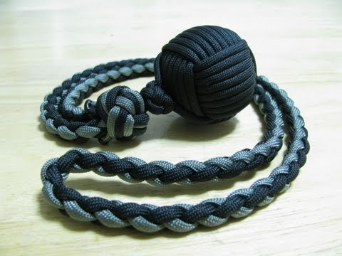 Paracordist: Monkey's Fist self defense lanyard - how to tie a manrope knot and 4 s