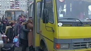 Из Попасной эвакуируют мирных жителей - (видео)