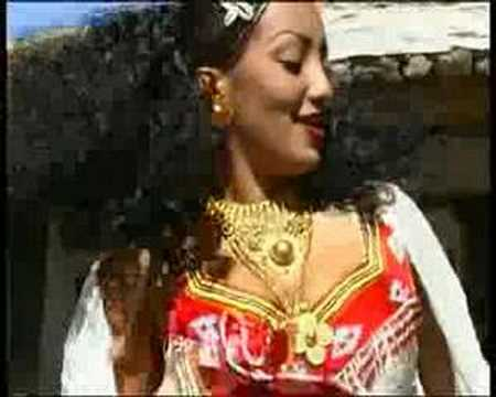 Helen pawlos  Sings / gotan hedmo/ Eritrean Traditional Song
