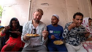 Street Food At Thieve's Market // Chor Bazaar, Delhi