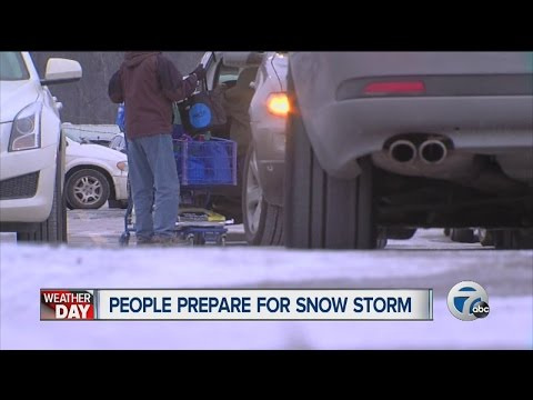 Stores busy as people get ready for Super Bowl and winter storm