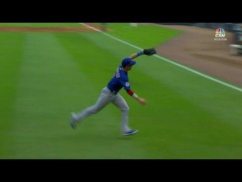 CHC@ATL: Coghlan makes a nice catch on the run