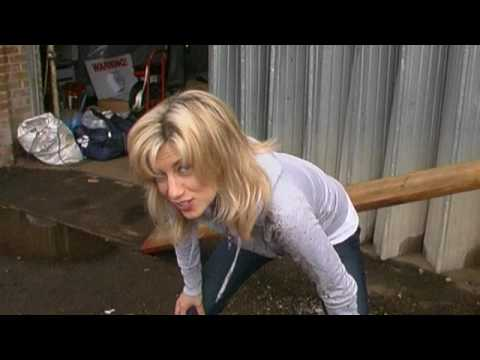 Bad Day webisode behind the scenes: Bitch Slap! Claire Goose Vs Donna Air