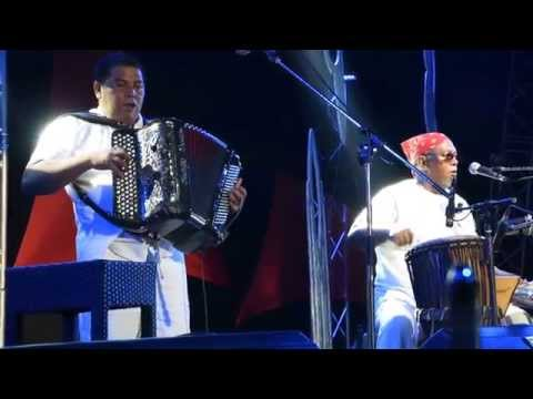 MADAGASCAR ALL STARS RICKY & ERIC MANANA TARATRA HAZAVANA