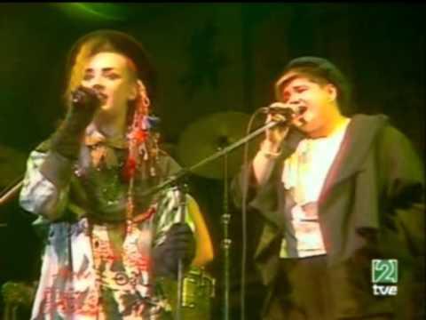 Culture Club - Karma Chameleon Live 1983