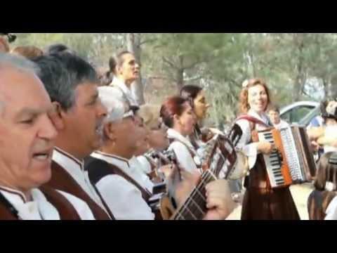 """Grupo de Cantares, """"Cantorias de Vila Ch� de S�"""", Viseu (Vem comigo meu amor."""