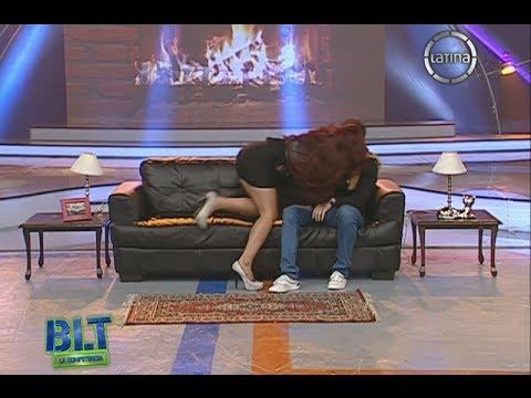 Bienvenida la Tarde: Las chicas protagonizaron escenas de apasionados besos