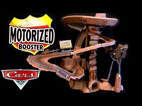 Radiator Springs Mountain Challenge Motorized track playset Cars Dirt Track McQueen Diecast Disney