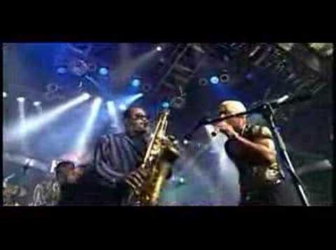 Get down on it live - Kool & the Gang Video