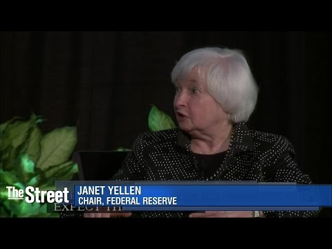 Federal Reserve Chair Janet Yellen Preps Markets for Near-Term Rate Increase