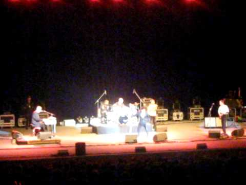 Ray Manzarek and Robby Krieger of The Doors in Prague 2010 (Roadhouse Blues + Break On Through)