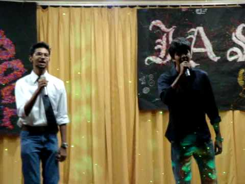 Rajiv and Keith singing Kyon Aaj Kal Neend Kam Khwab Jyada hai...
