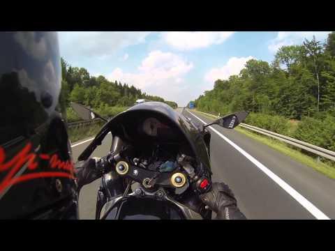 GSX-R1000 K2 Wheelie