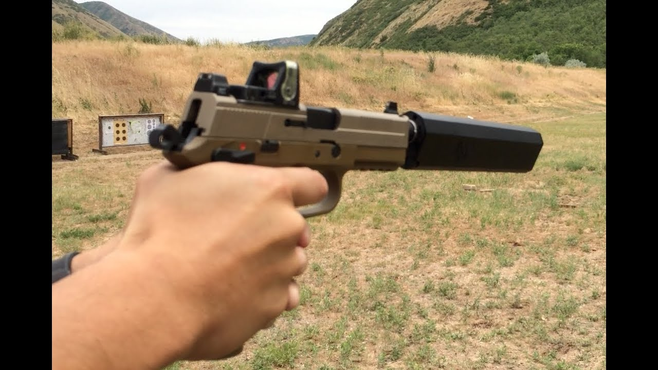Fn fnp 45 tactical silencerco osprey suppressor trijicon rmr wet vs