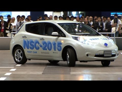 Nissan NSC-2015 drives and parks automatically in a shopping mall car park  #DigInfo