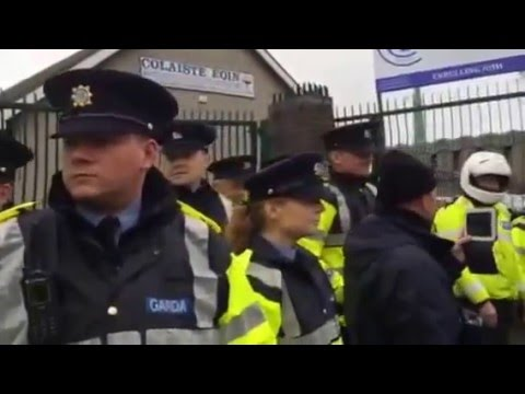 Gardai protecting The hobbit (Michael D Higgins)