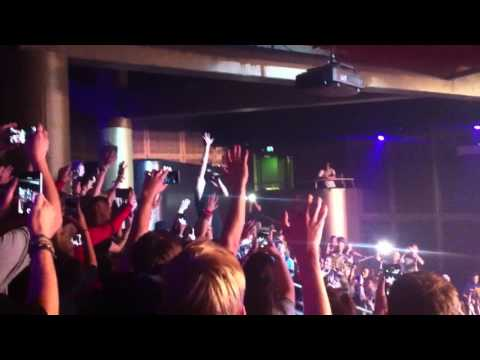 Twenty One Pilots - Car Radio live (Utrecht, Netherlands 2015)