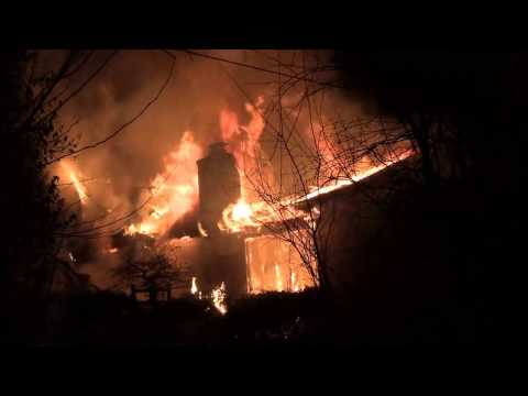 (RAW VIDEO)Palos Park,IL-Palos Fire District-Defensive Attack Fully Involved 2 Story House Fire