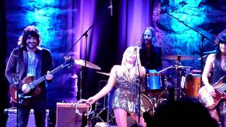 Watch Grace Potter & The Nocturnals Sweet Hands video