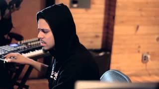 download lagu Studio Session: J. Cole Breaks Down The Production For gratis