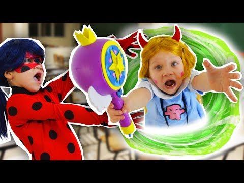 Леди Баг и принцесса Мерида против Стар и Супергерл. 2 часть НОЧЬ В ШКОЛЕ героев мультфильмов.
