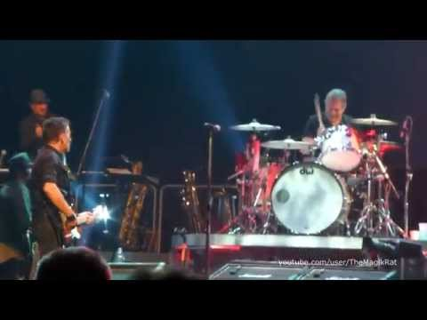 Radio Nowhere - Springsteen - Mohegan Sun Arena, CT - May 17, 2014