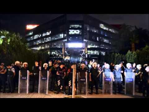 Prominent Turkish journalist injured in gang attack