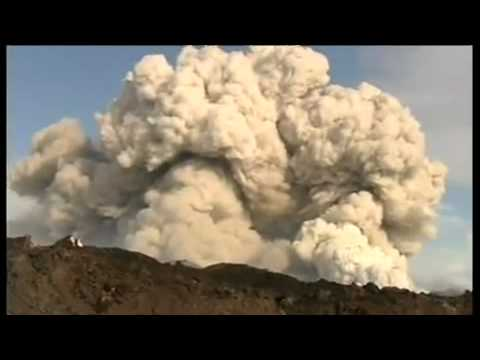Live Footage Iceland Volcano 2010 April Video