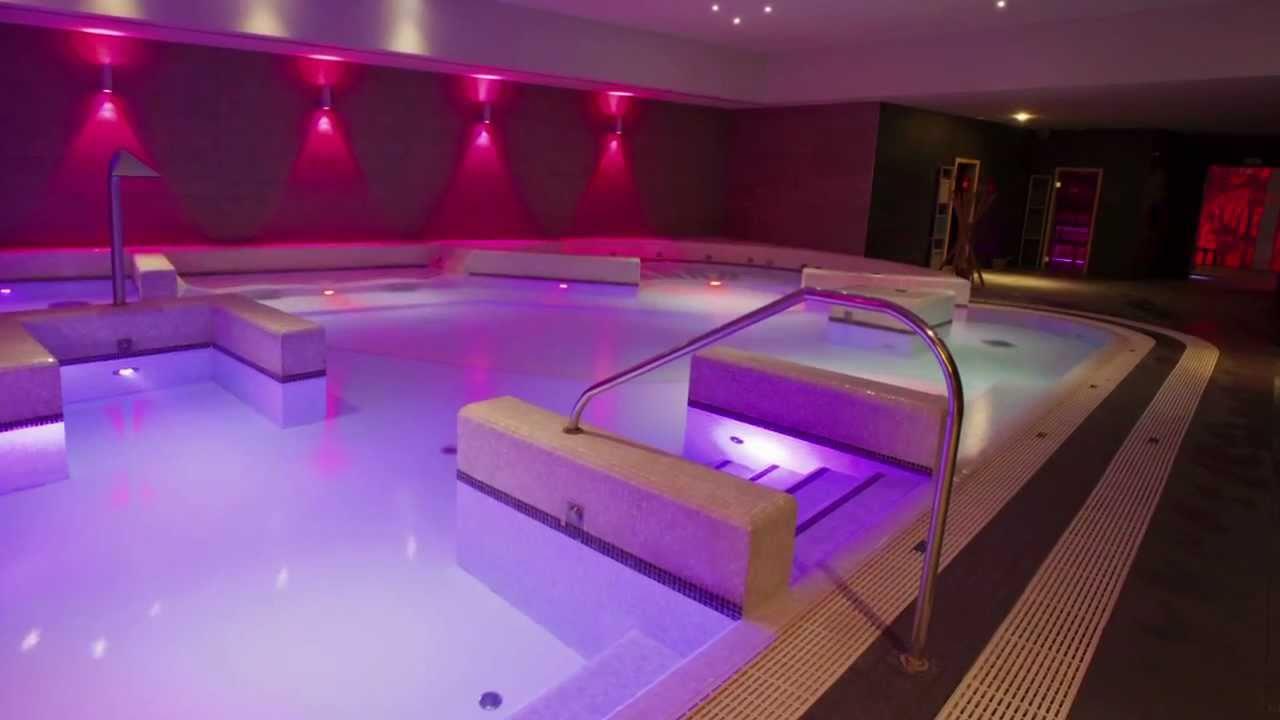 Piscine castiglione villaggio fitness virgin active milano maciachini youtube - Milano sport piscine ...