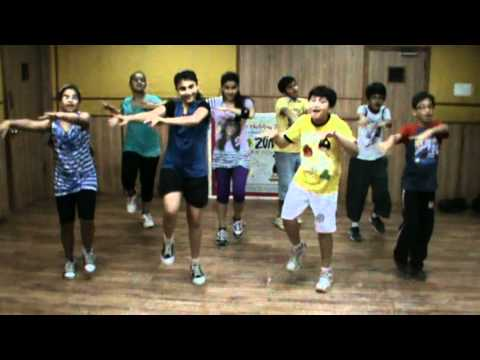 Cocktail - Tum Hi Ho Bandhu Dance.mpg video