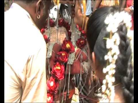 Astha Kali Urumee Melam Rockin In Sri Astha Thasa Buja Kaliamman Alayam 2011 video
