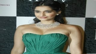 Sonam Kapoor: Bollywood Heroines Copy Me!