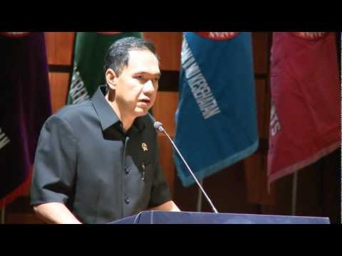 Indonesian Trade Minister Gita Wirjawan, Speech @ UPH Fesival 2012 (part 1)