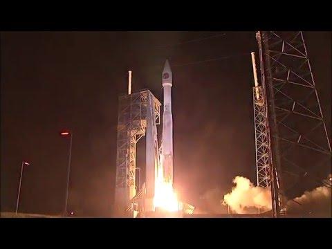 宇宙ステーションに打ち上げ成功したアトラスV