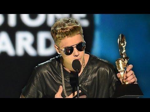 Justin Bieber Booed at Canada's Juno Awards