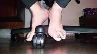 Under Chair Barefoot shoeplay