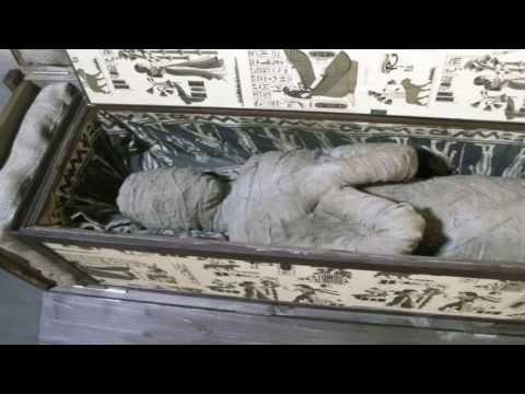 MOMIA EN CASA. Niño alemán encuentra una momia. Noticia sorprendente