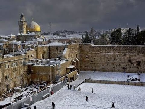 Israel : Snow Storm hits Middle East as John Kerry negotiates a Covenant of Peace (Dec 13, 2013)