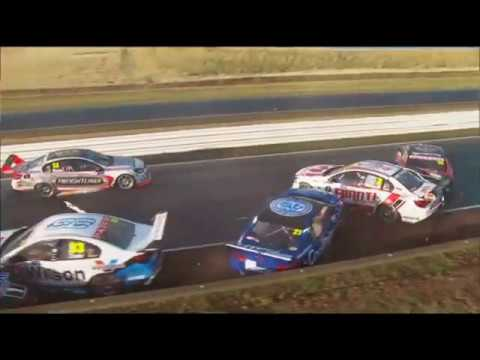 Symmons Plains crash