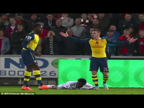 Swansea's Bafétimbi Gomis takes full toll on Arsenal's fragile defence