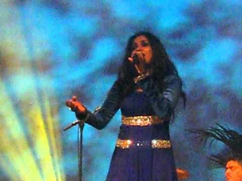 Shreya Ghoshal - Thode Badmash