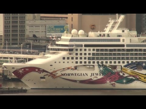 Norwegian Jewel Arrives In New York (September 3, 2011)