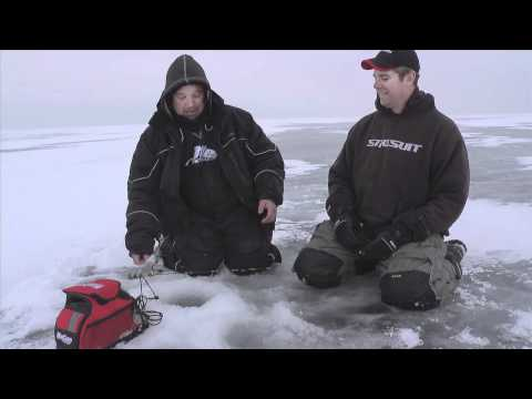 Mille Lacs Lake Fishing Video Walleye Jan 27, 2012 - On Ice (#0022)
