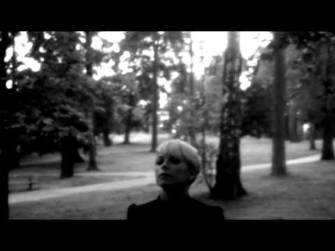 Petra Marklund - Handerna Mot Himlen