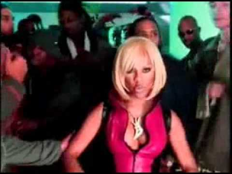 Ray J ft Lil Kim, Pharrell - Wait A Minute