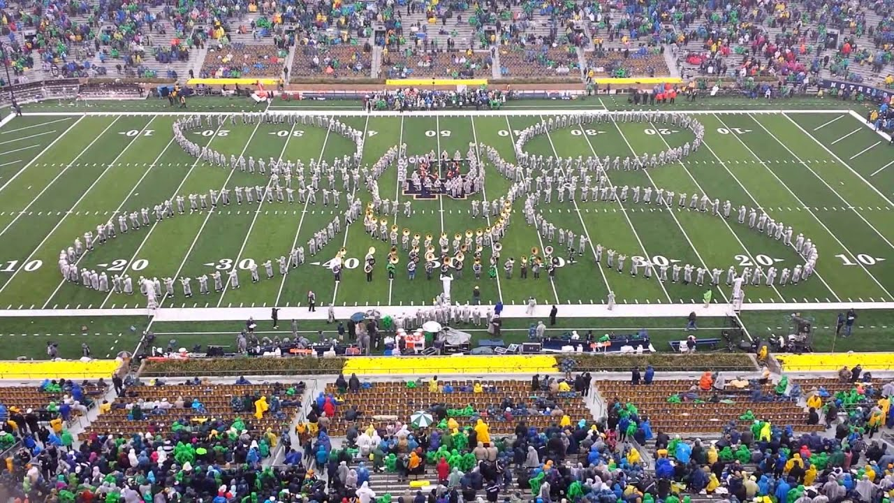 'All About That Bass' Notre Dame Marching Band - YouTube
