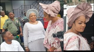 Ooni Of Ife Wife Steps Out In Style Into Her SUV 4matic Benz As Yinka Ayefele Followed Her